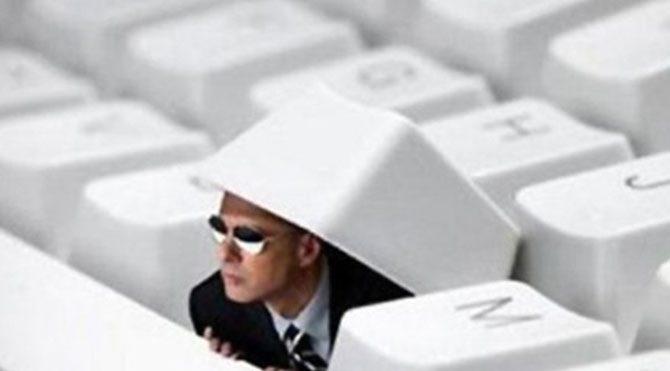 İnternet yasası fişlemenin yolunu açıyor!