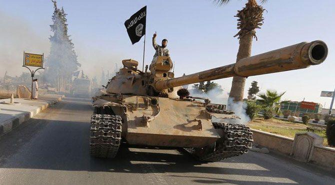 IŞİD Kobani'ye karşı saldırıya geçti