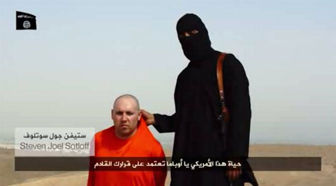 IŞİD yine gazeteci kafası kesti!