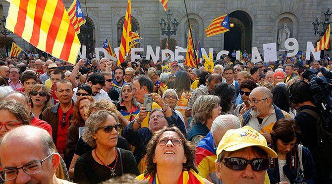 Katalonya'dan referandum kararı