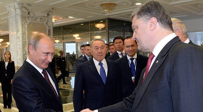 Putin ve Poroşenko kalıcı ateşkes için anlaştı