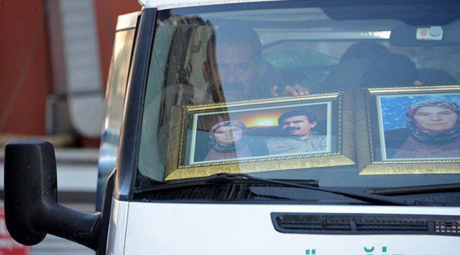 Cenaze arabasına Öcalan fotoğrafı