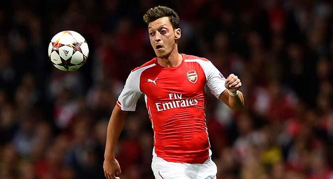 Mesut Özil'den Arsenal'a kötü haber