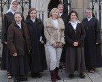 BBC muhabiri rahibe oldu