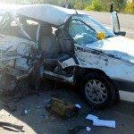İki otomobil çarpıştı: 5 kişi öldü!