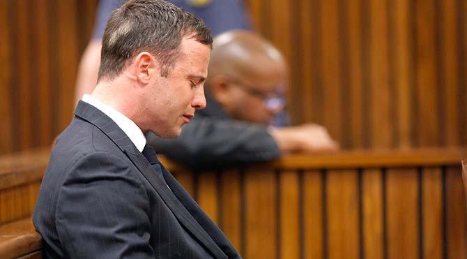 Oscar Pistorius 5 yıl hapis cezası aldı