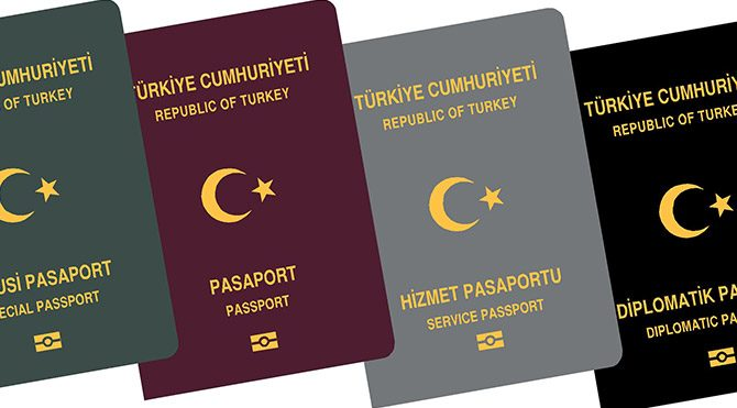 Avrupa Komisyonu'ndan Türkiye'ye pasaport eleştirisi