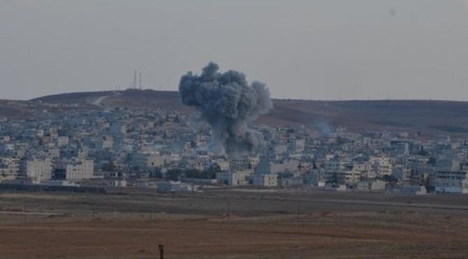 Bombanın düşüş anı, böyle görüntülendi!