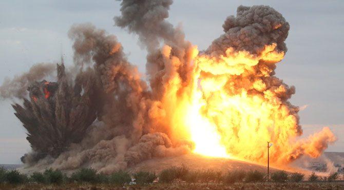 IŞİD'in ele geçirdiği tepeye bombardıman