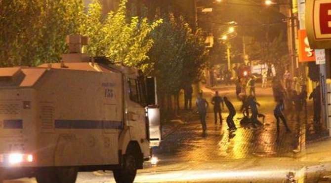 Kobani eylemlerine 5 tutuklama!