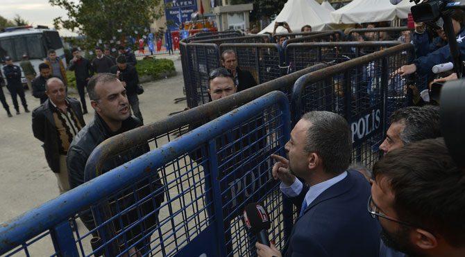 Kocasakal'a polis barikatı!