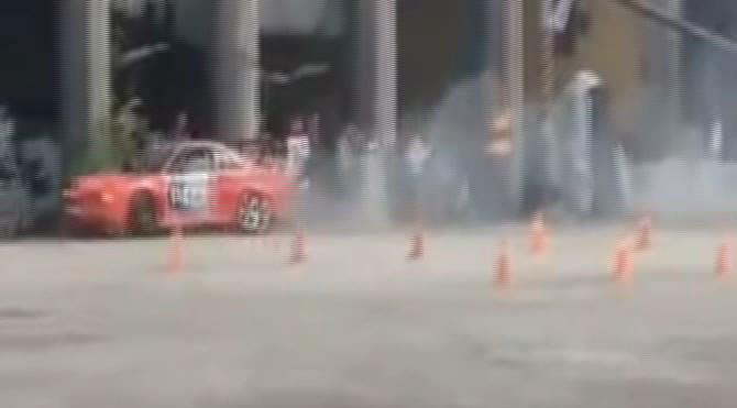 Ankara'daki Drift yarışında feci olay