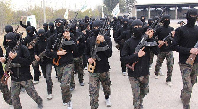 Beyaz kefenliler IŞİD emiri ve 17 korumasını öldürdü