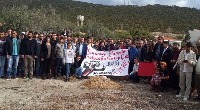 CHP'li Gençlerden Urla'da protesto