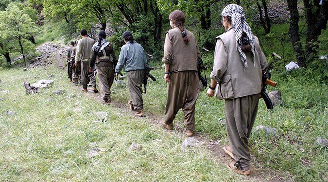 """""""PKK Almanya'da IŞİD'e için militan topluyor"""""""
