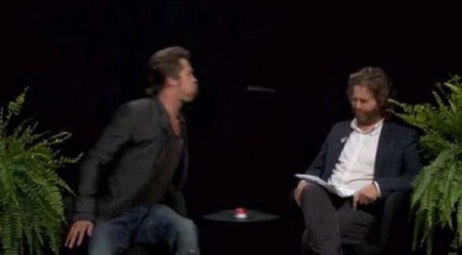 Brad Pitt sunucunun yüzüne tükürdü
