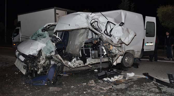 Galip Derviş ekibi kaza yaptı
