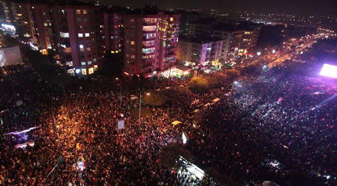 Nilüfer'de Cumhuriyet yürüyüşü