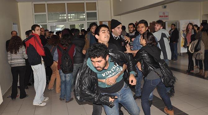 Üniversitede yemek zammını protestosunda arbede