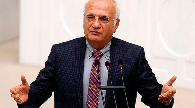 AKP'li Mustafa Elitaş'a 'tape'de küfür cezası
