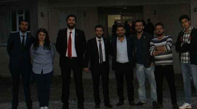 CHP'li gençlerden cemevi ziyareti