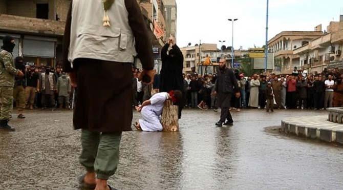 IŞİD şimdi de çocukların başını kesti