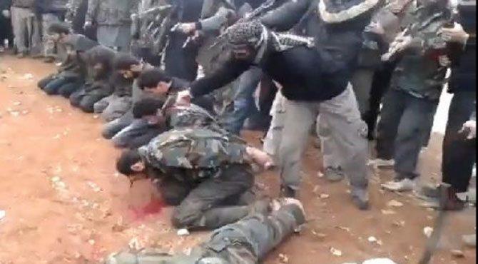 IŞİD 322 kişiyi infaz etti