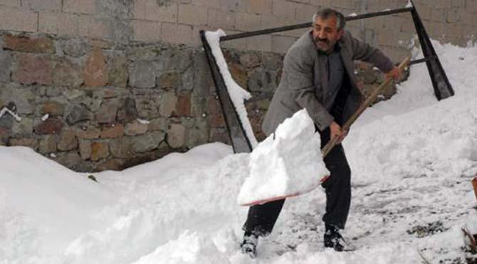 Doğu'da ilk kar soğukları: Kars -7 derece