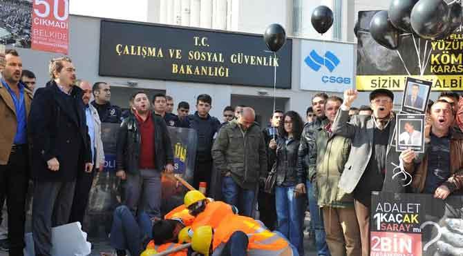 CHP'den Bakanlık önünde eylem