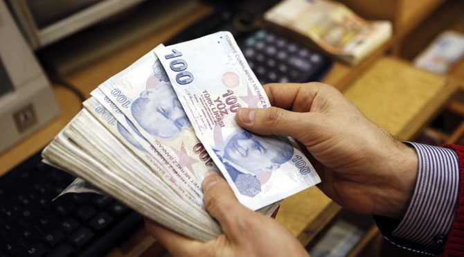 Bankalara borç arttı