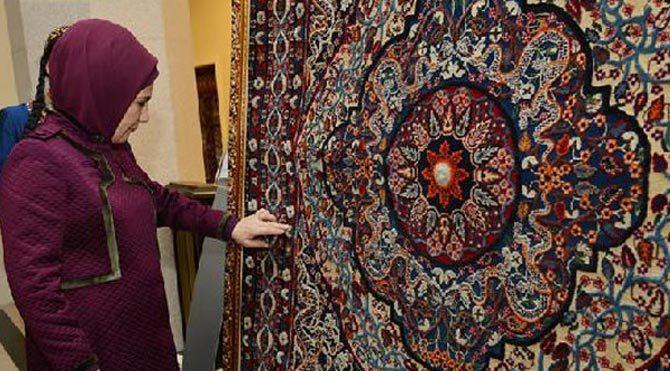 Emine Erdoğan Halı Müzesi'ni gezdi