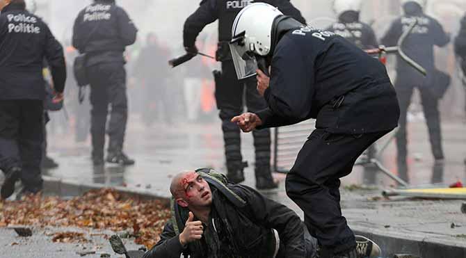 Belçika'da kemer sıkma protestosu: 50 yaralı