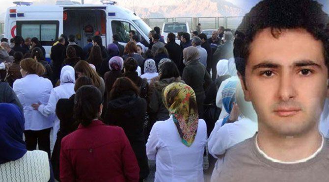 Ağrı'da doktorlar kaza yaptı: 1 ölü