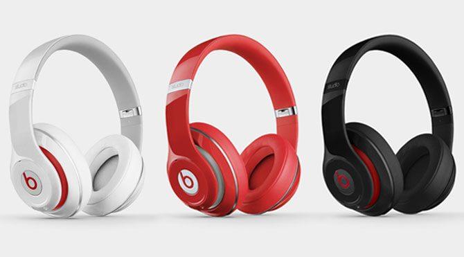 Apple'dan kablosuz Beats kulaklık