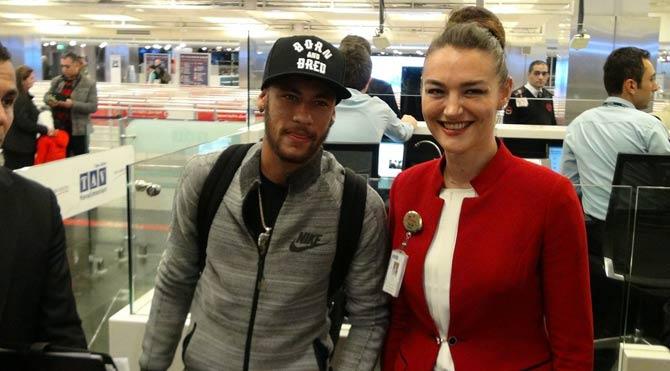 Neymar İstanbul'da!