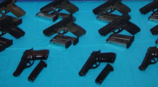 Mardin'de 15 tabanca ele geçirildi