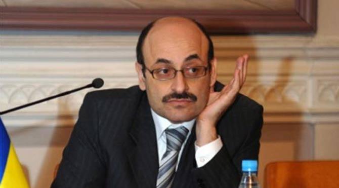 Yeni YÖK başkanı Yekta Saraç