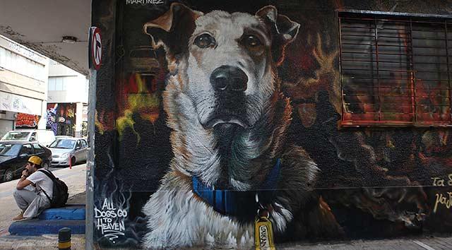 Kahraman köpek Lukanikos'a dev anma