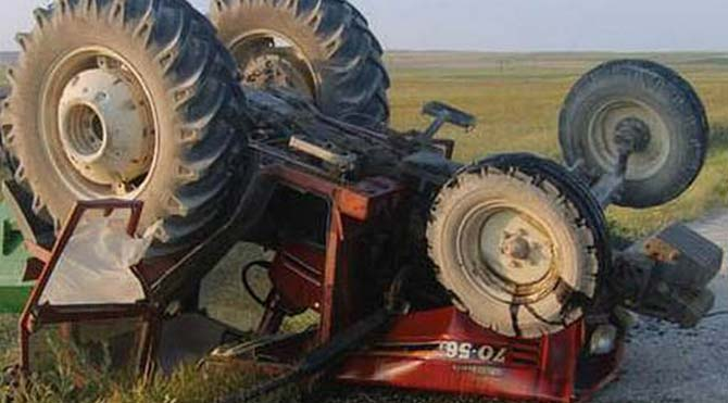 Bilecik'te traktör devrildi: 1 ölü, 1 yaralı