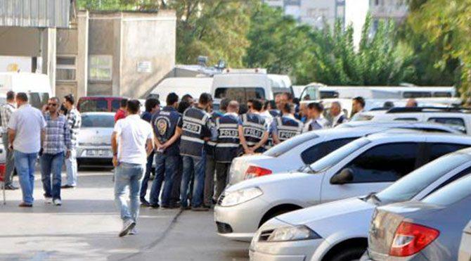 16 polise gözaltı!