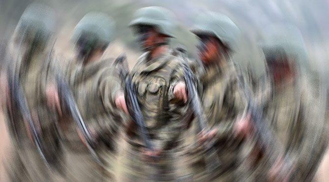 Bir asker tutuklandı