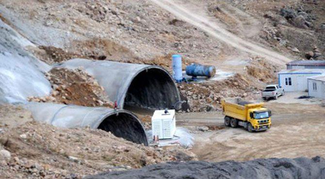 Dev tünelin yapımı durduruldu!