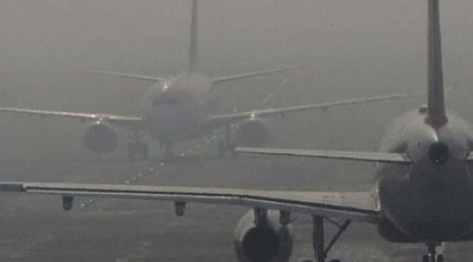 Çanakkale'de uçak seferlerine sis engeli