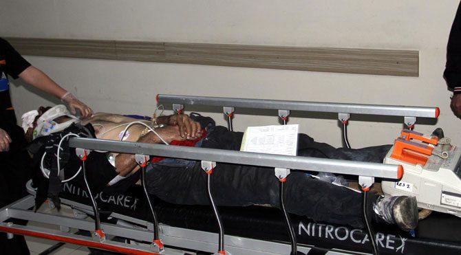 Prese sıkışan işçi yaralandı