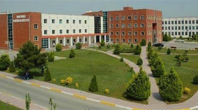 Üniversiteye 'gıybet etmek yasaktır' asıldı