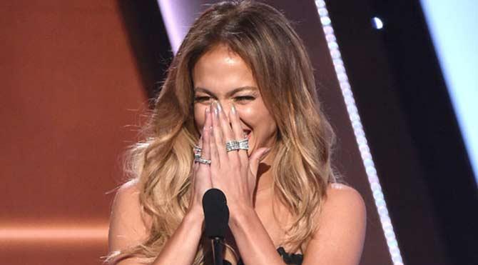 Jennifer Lopez'den büyük gaf