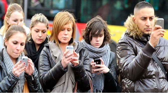 Akıllı telefon 'zombi' yapıyor!
