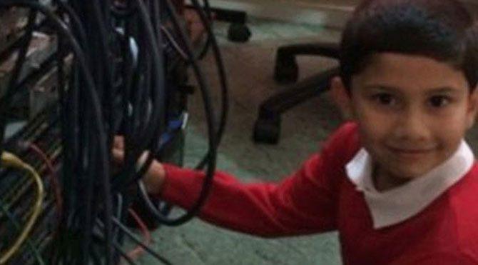 5 yaşındaki Ayan Kureyşi bilgisayar uzmanı oldu!