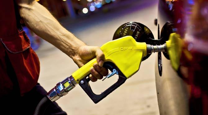 EPDK uyardı benzin düştü!