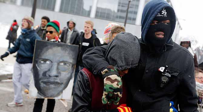 Ferguson'da sanal savaş